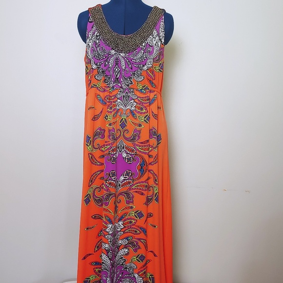 NY Collection Dresses & Skirts - 👗 Beaded Long Print Dress